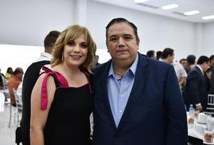 31072019 DESAYUNO DE ABOGADOS.  Erika y Jesús Sotomayor.
