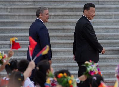 El mandatario colombiano consideró su visita a China 'trascendental' para aumentar exportaciones y posicionarse aún más en el creciente mercado chino.