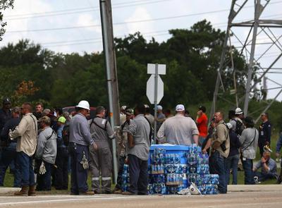 Es el más reciente de una serie de fuegos en el área de Houston que involucran a la industria petroquímica.
