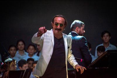 El reconocido pianista regresó a la ciudad para ofrecer un concierto en la Fenadu.