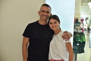04082019 CLAUSURA DE CURSO DE VERANO.  Ricardo y Bárbara.