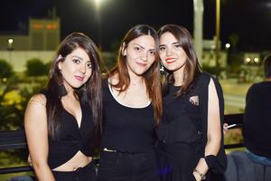 Ana, Stefy y Carla