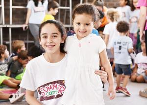 Maria Angel y Salma.