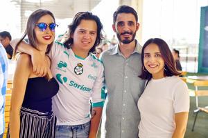 Marlén, Arturo, nessim y Paulina