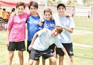 Luis, Joshua, Jorge, Leo y Mauro