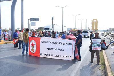 'Hay más de 4 mil 200 millones de pesos de subejercicio aquí en la Secretaría de Desarrollo Rural Federal', señaló Luis Manuel de la Cruz Mejía, quien encabezaba la manifestación.