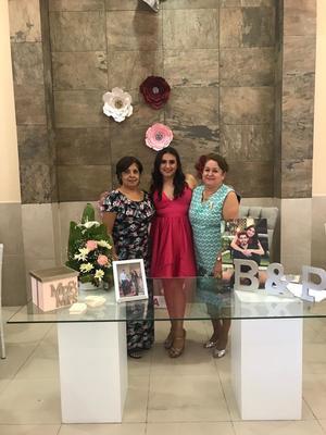 09082019 CERCANO ENLACE MATRIMONIAL.   Imelda Limones Rodríguez, Brenda Lizeth Sandoval Muñoz y su mamá María del Rosario Muñoz Orihuela.