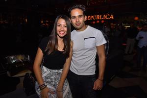 09082019 MUY CONTENTOS.  Denisse y Andrés.