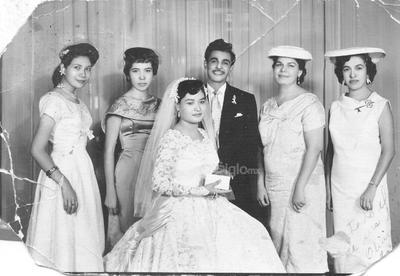 Olivia Sánchez y Rubén Gurrola, 61 años de matrimonio. 2 de agosto de 1958.