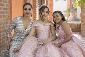 11082019 Giselle, Lorelai y Karime.