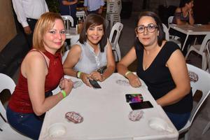 13082019 Lourdes, Claudia y Angélica.