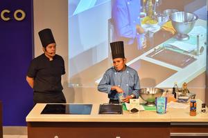14082019 Los reconocidos chefs impresionaron con sus recetas a las asistentes.
