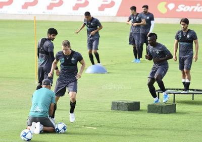 Santos continúa su preparación para mantenerse en la cima de la Liga MX