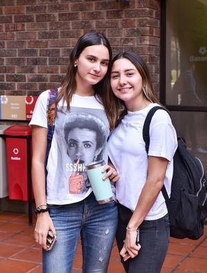 16082019 Pilar y Sofía.