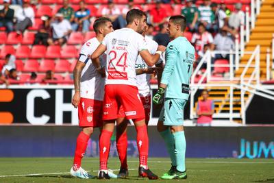 Santos cae en su visita a Necaxa