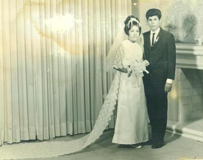 Benjamín Salinas Cardona y Ana María González Palacios, el 17 agosto de 1969. Se encuentran cumpliendo 50 años de casados.