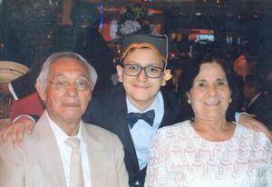 18082019 GRATA COMPAñíA.  Nicolás Veliz Muro el día de su graduación.