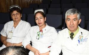 17082019 RECIENTE EVENTO.  Juana María, Lourdes y Cipriano.