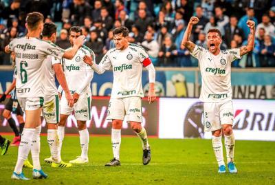 El Palmeiras dio un importante paso para llegar a la semifinal de la Copa Libertadores al vencer a domicilio, por 1-0, al también brasileño Gremio, en el partido de ida por los cuartos de final.