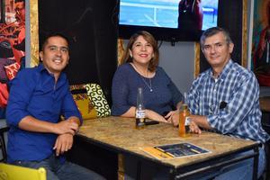 21082019 Guillermo, Ali y Hermes.