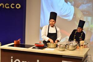 21082019 Los chefs invitados responden las preguntas de las asistentes.