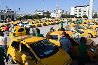 Piden la realización de operativos especiales para decomisar las unidades de transporte Uber.