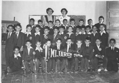 Generación del Colegio Mijares, hace algunos años