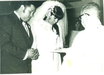 Raúl Z. Reyes y Rosario Rodríguez Ortiz el 26 de agosto de 1972.