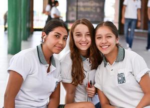 26082019 Alía, Rassha y Sofía.
