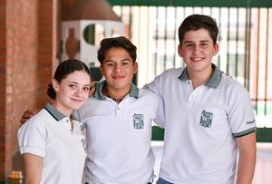 26082019 Daniela, Arturo y Bernardo.