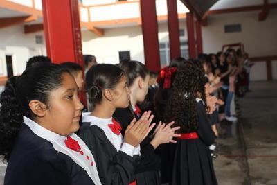Miles de niños y jóvenes regresan este lunes a las aulas, así como el personal docente y administrativo que desarrollará el ciclo escolar 2019-2020.