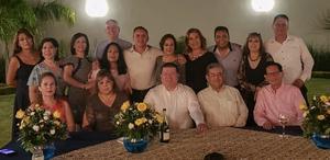 25082019 C.P. y M.C.A. Sandra Chavarría, C.P. y M.C.A. Luz María Valdez, C.P. y M.C.A. Carlos Hurtado, Ing. Salvador Hernández Vélez, Rector de la U.A. de C.; C.P. y DR. Manuel Medina Elizondo, Director de Postgrado de la F.C.A.; C.P. Lucila González, C.P. y M.C.A. María Luisa Carranza, C.P. y M.C.A. Maricela Carrillo, C.P. Elvia Leticia Aguilar, C.P. Luis Fernando Ibarra, C.P. Víctor Manuel Rodríguez, C.P. y M.C.A. Brígida Mata, C.P. Lorena Sandoval, C.P. Andrés Carreón, C.P. Leticia Cortés y C.P. Jaime Arreola.
