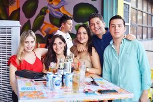 Karina, Angélica, Marifer, Rogelio y Miguel.jpg