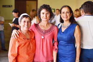 Ionne, Claudia y Maye.jpg