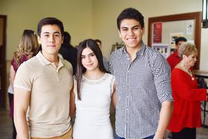 Ricardo, Valentina y Alex.jpg