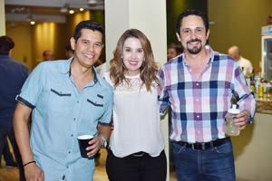 Carlos, Gelda y Jorge.jpg