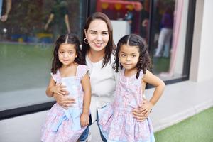 Marian, Paola y Romina.jpg