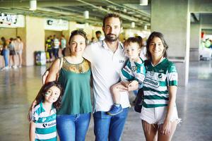 Allegra, Karen, Franco, Santi y Gianna.jpg