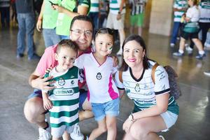 Ignacio, Marisol, Mariangel y José Ignacio.jpg