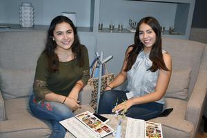 28082019 Ana Lucía y Paulina.