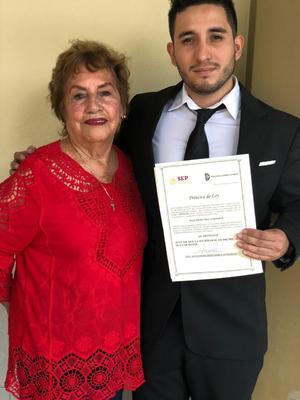 28082019 Micaela López Álvarez y su nieto Alex Hernández.
