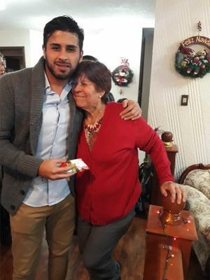 28082019 Irma Ornelas y su nieto Daniel Saucedo.