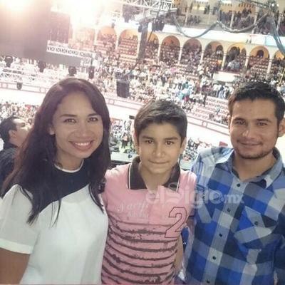 Edith, David y Jesús De Lira