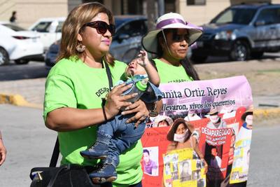 Marchan por el Día Internacional de las Víctimas de Desapariciones Forzadas