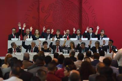Vitela tomó protesta a Omar Castañeda como síndico municipal y a los regidores del Cabildo que le acompañará en la gestión 2019-2022.