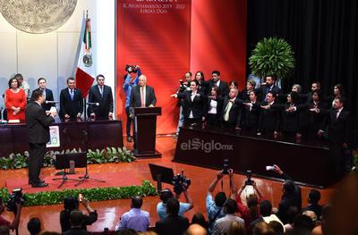 Homero Martínez toma protesta como alcalde de Lerdo