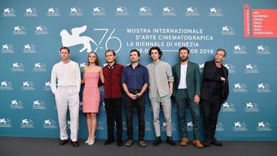 The King abre una nueva semana de proyecciones en la Mostra de Venecia