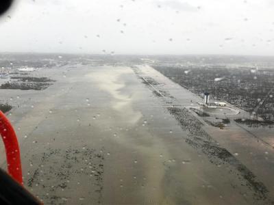 El huracán causó graves daños.