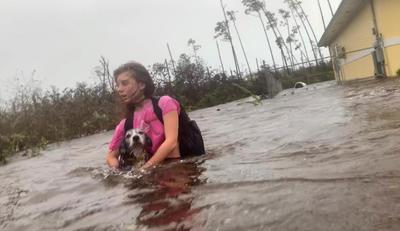 Los habitantes sufrieron los estragos del huracán.