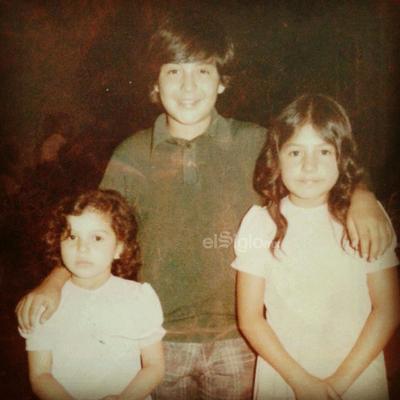 Laura Verónica Cázares, Luis Manuel Cázares y Sonia Angélica Cázares en la década de los setenta.